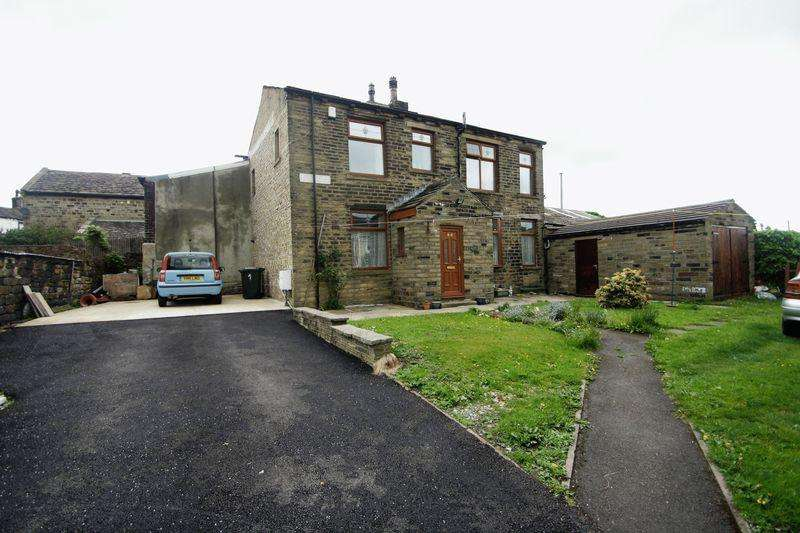 3 Bedrooms Semi Detached House for sale in Clegg Street, Bradford