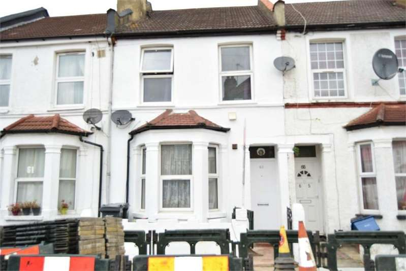 2 Bedrooms Flat for sale in Cecil Road, Hounslow, Greater London