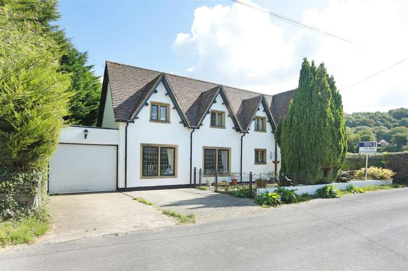 4 Bedrooms Detached House for sale in 48 Compton Bassett, Calne