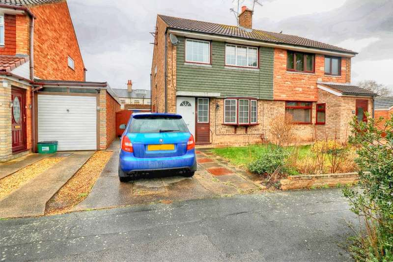 3 Bedrooms Semi Detached House for sale in Dunmore Road, Little Sutton, Ellesmere Port, CH66
