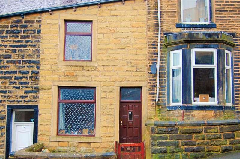 3 Bedrooms Terraced House for sale in Sutherland Street, Colne