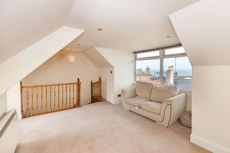2 Bedrooms Flat for sale in Sausmarez Street, St. Peter Port, Guernsey