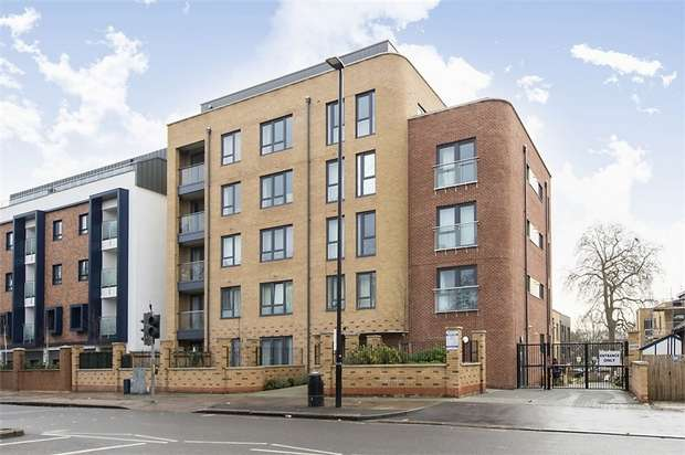 2 Bedrooms Flat for sale in 565 London Road, Isleworth, Middlesex