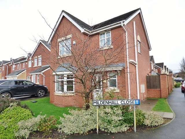 3 Bedrooms Detached House for sale in Mildenhall Close, Great Sankey, Warrington