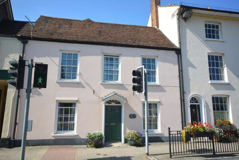 6 Bedrooms Town House for sale in Wimborne