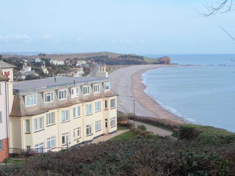 2 Bedrooms Apartment Flat for sale in Cliff Road, Budleigh Salterton