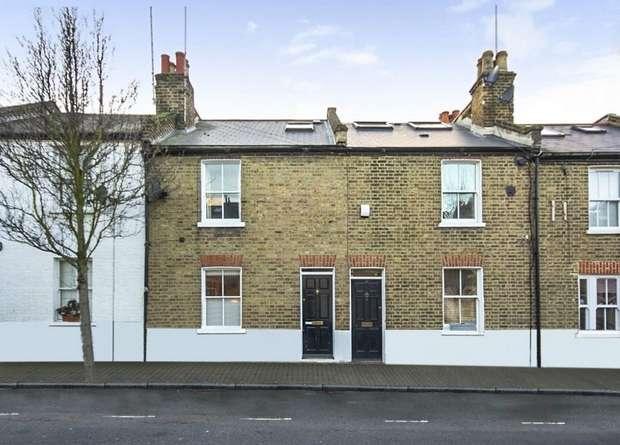 3 Bedrooms Terraced House for sale in Ballantine Street, London