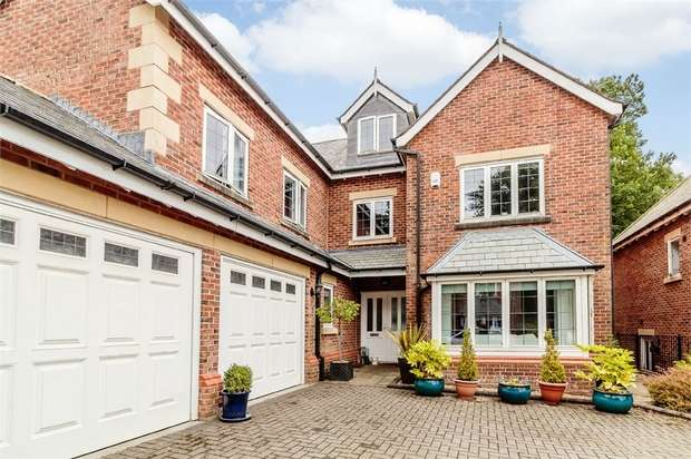 5 Bedrooms Detached House for sale in The Keep, Bolton, Lancashire