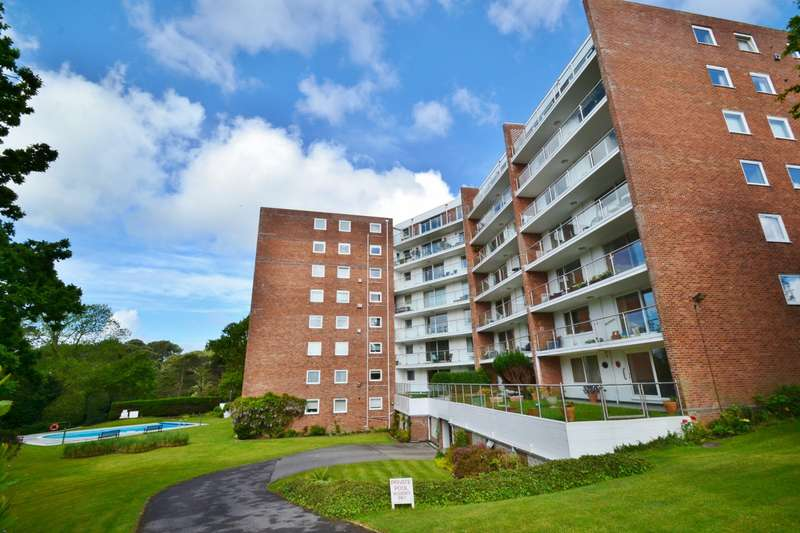 2 Bedrooms Flat for sale in Alum Chine
