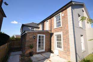 2 Bedrooms Semi Detached House for sale in High Street, Rusthall, Tunbridge Wells, Kent
