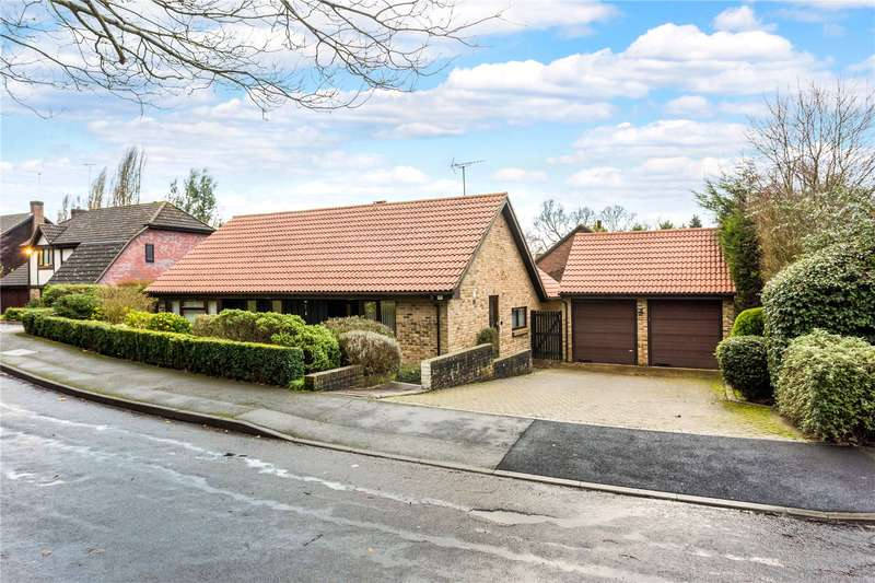 3 Bedrooms Detached Bungalow for sale in Cavendish Meads, Ascot, Berkshire, SL5