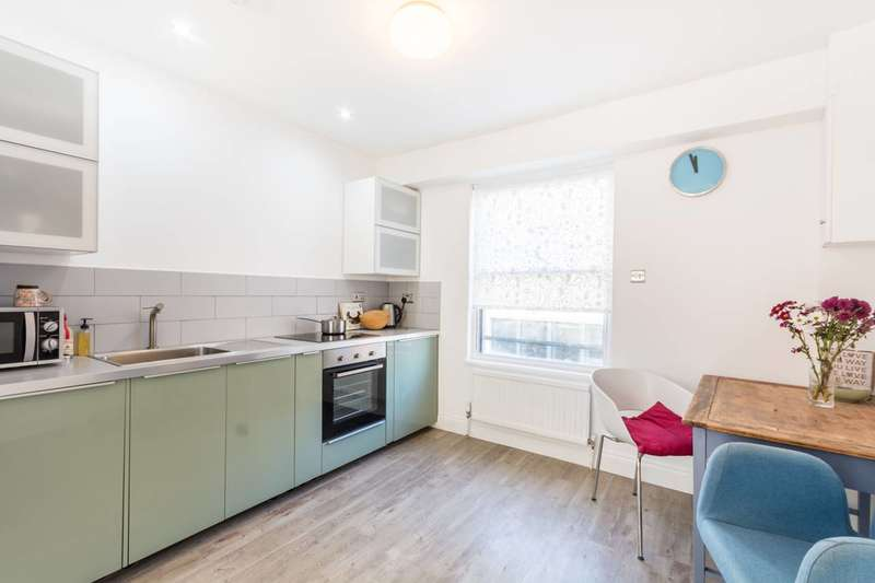 2 Bedrooms Flat for sale in Old Compton Street, Soho, W1D