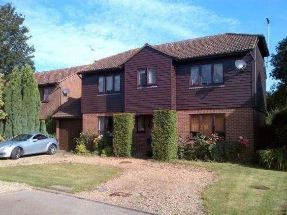 4 Bedrooms Detached House for rent in Harlings, Hertford Heath, Hertford, SG13