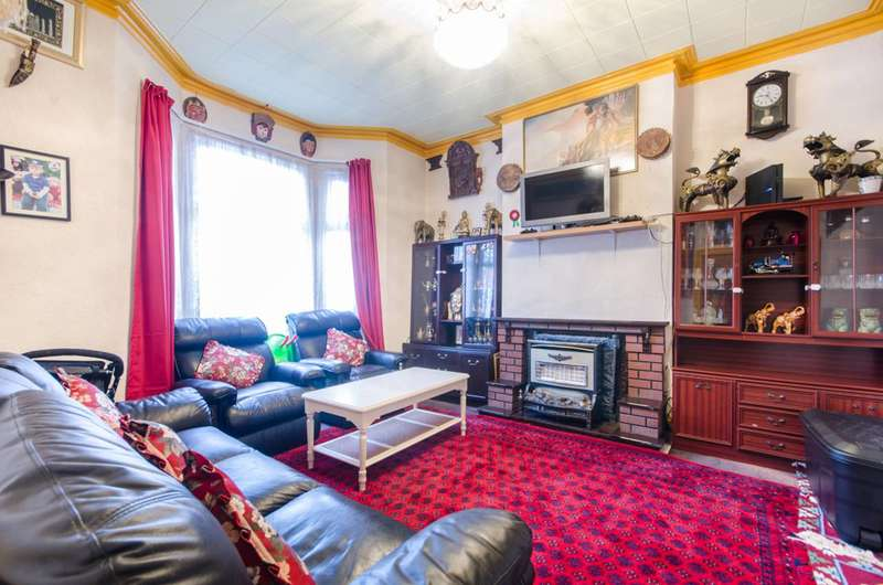 4 Bedrooms Terraced House for sale in Fortune Gate Road, Harlesden, NW10