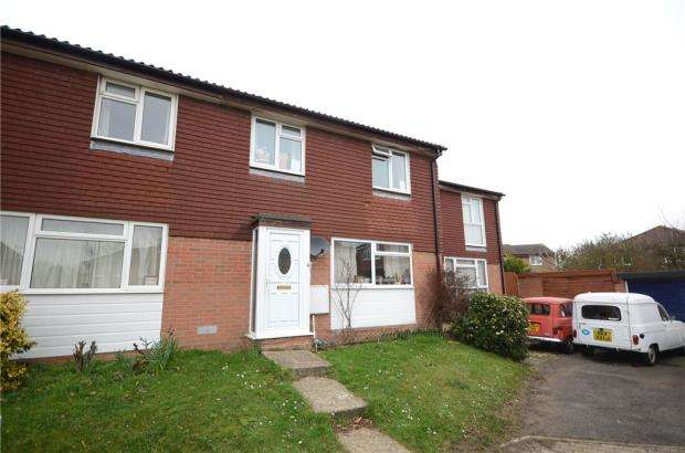3 Bedrooms Terraced House for sale in Fleet Close, Wokingham, Berkshire