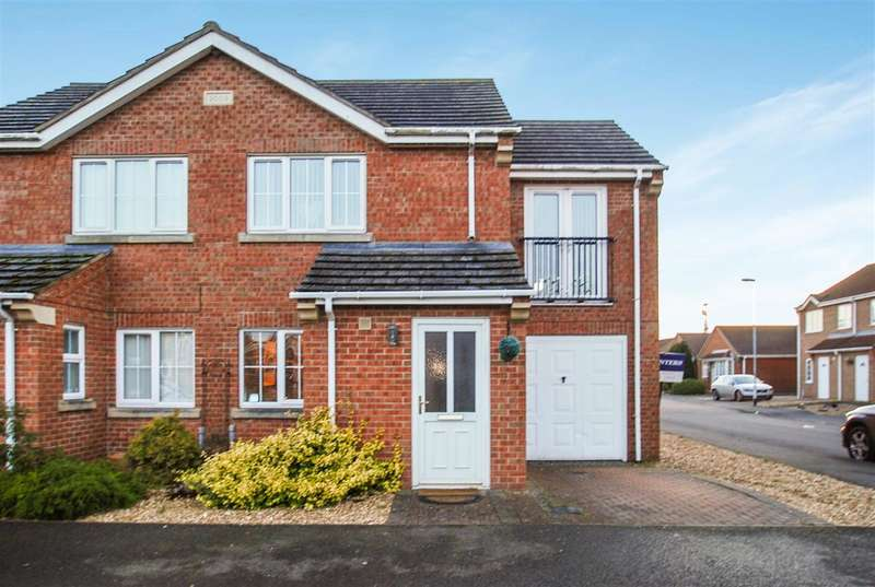 3 Bedrooms End Of Terrace House for sale in Winston Drive, Skegness