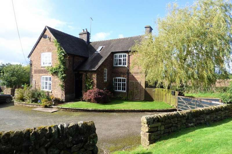 5 Bedrooms Detached House for sale in Oakamoor Road, High Shutt