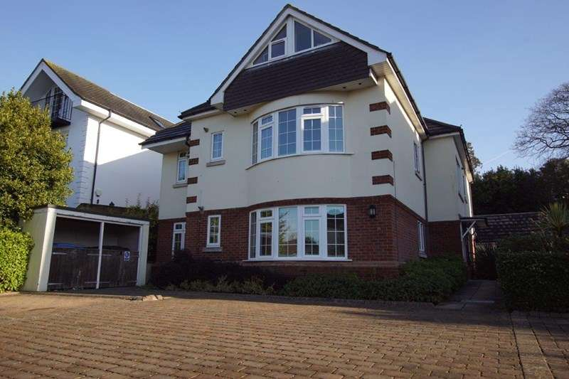 2 Bedrooms Flat for sale in Ardmore Road, Ashley Cross, Poole
