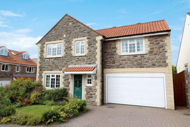 4 Bedrooms Detached House for sale in Highcrofts, Horsley