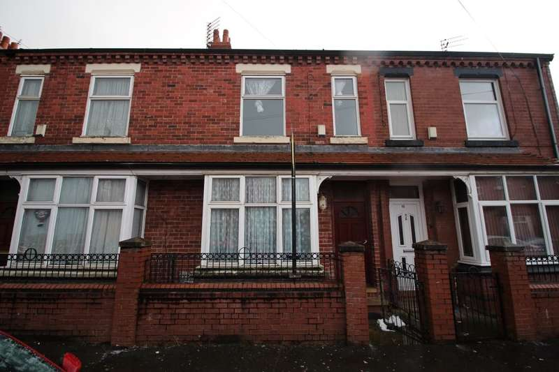 3 Bedrooms Terraced House for sale in Huxley Avenue, Cheetham Hill, Manchester, M8