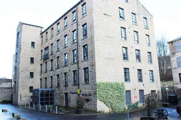 1 Bedroom Flat for sale in Stoney Lane, Longwood, Huddersfield, West Yorkshire