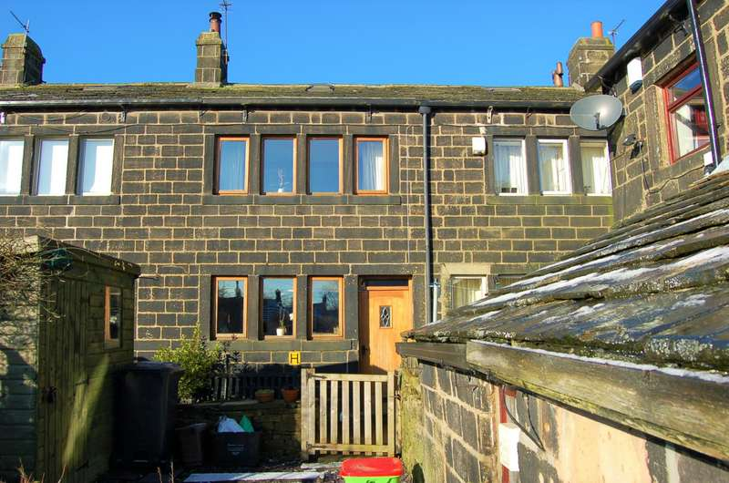 3 Bedrooms Cottage House for sale in Silver Street, Hebden Bridge, HX7