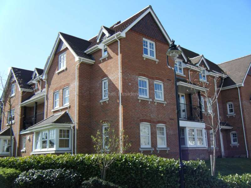 2 Bedrooms Apartment Flat for rent in Campbell Fields, Aldershot