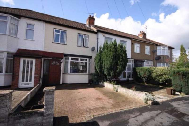 3 Bedrooms House for rent in Lambton Avenue, Waltham Cross