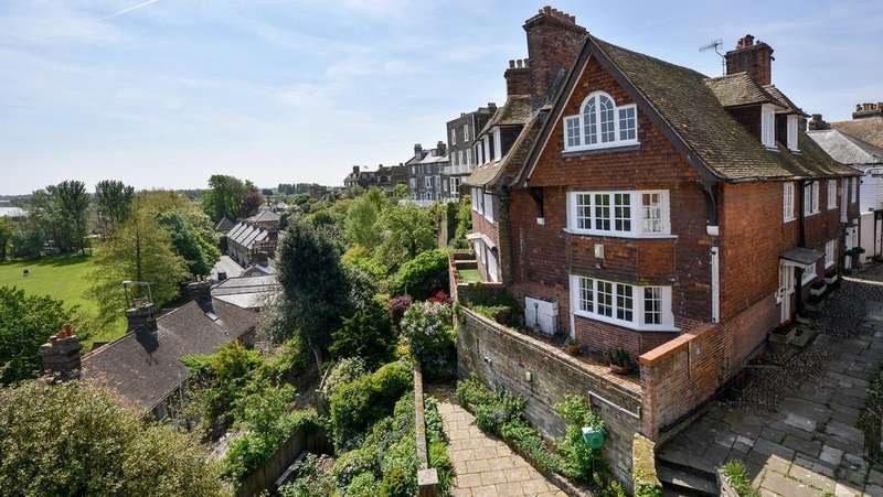 5 Bedrooms House for sale in Ockman Lane, East Street