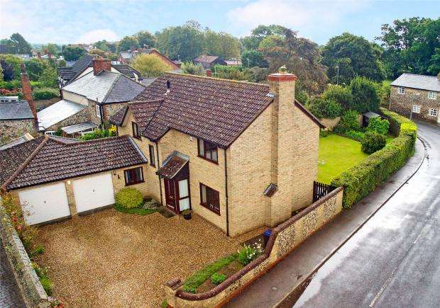 4 Bedrooms Detached House for sale in Stetchworth Road, Woodditton, Newmarket, Cambridgeshire
