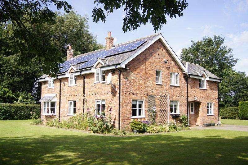 5 Bedrooms Detached House for sale in Hayton Lane, Everingham