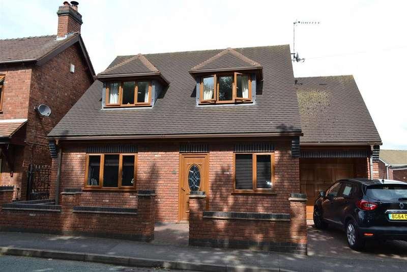 3 Bedrooms Detached Bungalow for rent in Norton Green Lane, Norton Canes, Cannock
