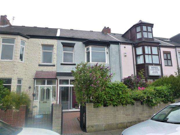 4 Bedrooms Terraced House for sale in ST GEORGE TERRACE, ROKER, SUNDERLAND NORTH