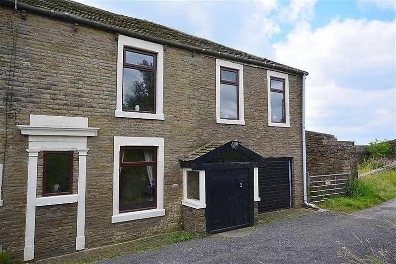 3 Bedrooms Cottage House for sale in Redwalls Farm Cottage, Broadfield, Oswaldtwistle, Lancashire, BB5