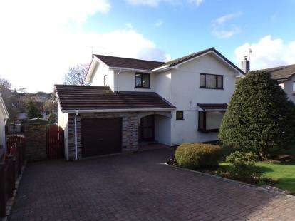 Detached House for sale in Bodmin, Cornwall, England