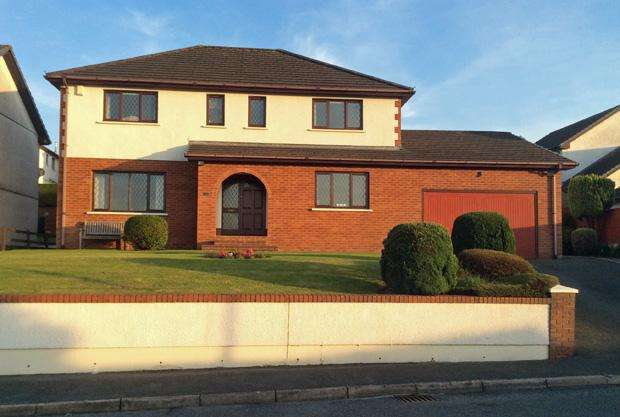 4 Bedrooms Detached House for sale in Golwg Tywi, Llangunnor, Carmarthen, Carmarthenshire