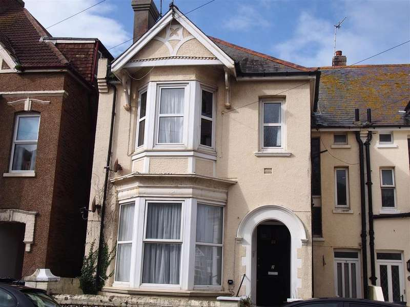 3 Bedrooms Maisonette Flat for rent in Linden Road, Bexhill-On-Sea