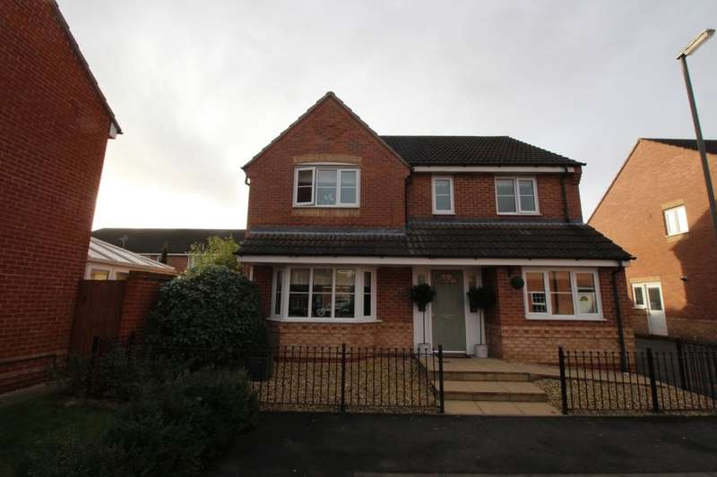 4 Bedrooms Detached House for sale in Sherbourne Drive, Hilton, Derby, DE65