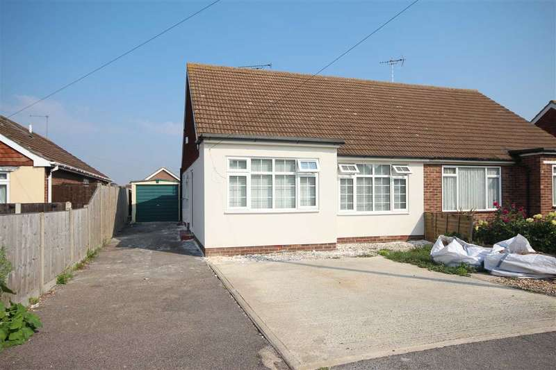 2 Bedrooms Bungalow for sale in Rosecroft Close, Great Clacton