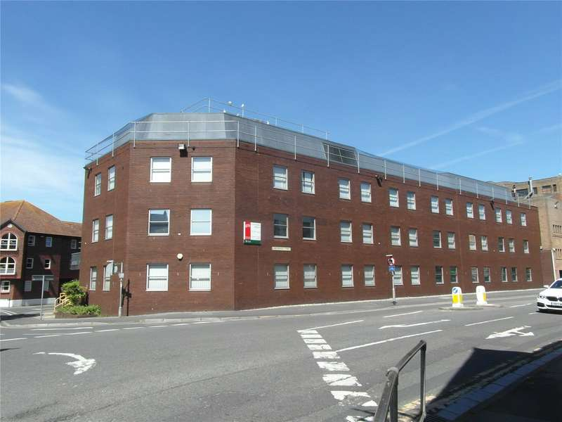 Office Commercial for rent in Corporation Street, Taunton, Somerset, TA1