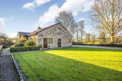 3 Bedrooms Barn Conversion Character Property for sale in Alston Lane, Alston, Preston, Lancashire, PR3