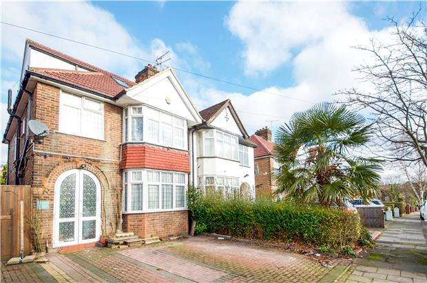 3 Bedrooms Semi Detached House for sale in Silkfield Road, COLINDALE, NW9 6QU