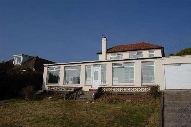 4 Bedrooms House for sale in King Edward Road, Onchan, IM32AX