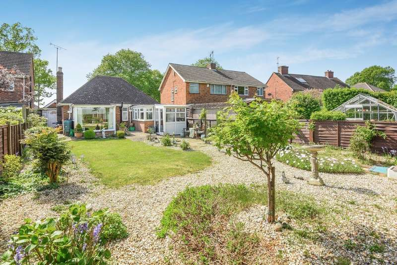 2 Bedrooms Detached Bungalow for sale in St Marks