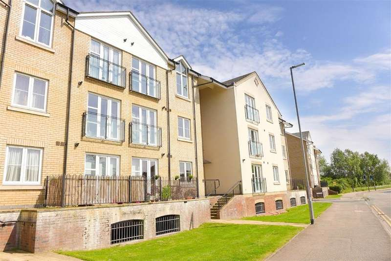 1 Bedroom Flat for sale in River View, Shefford, SG17