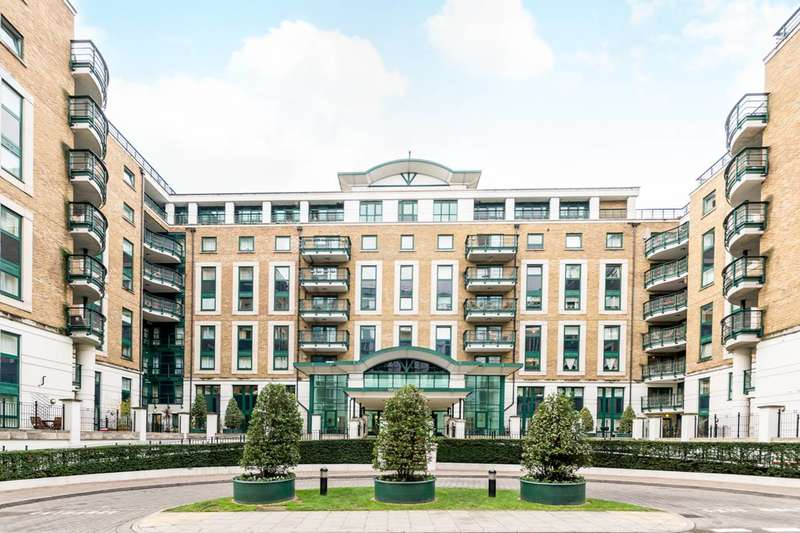 3 Bedrooms Flat for sale in Beckford Close, Kensington, W14