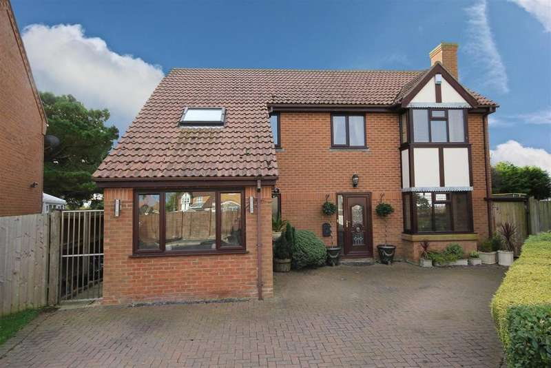 4 Bedrooms Detached House for sale in Cawkwell Close, Sutton Sea
