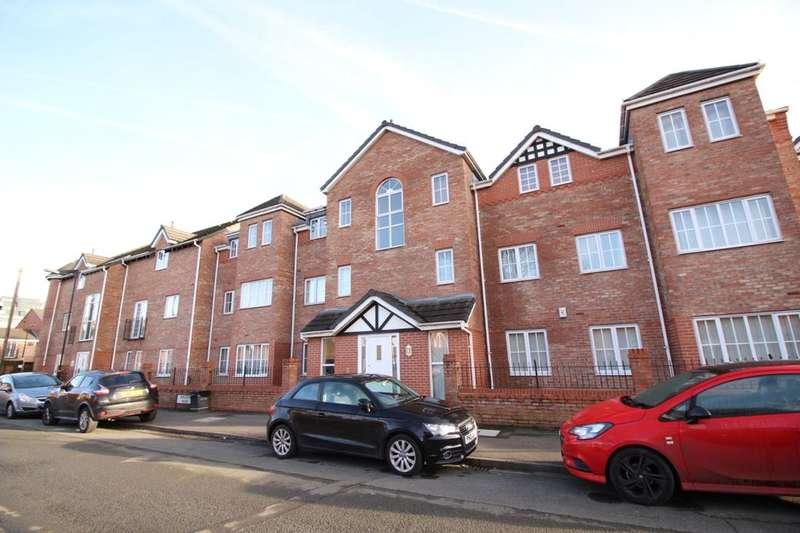 2 Bedrooms Flat for sale in Weldon Road, Broadheath, Altrincham, WA14