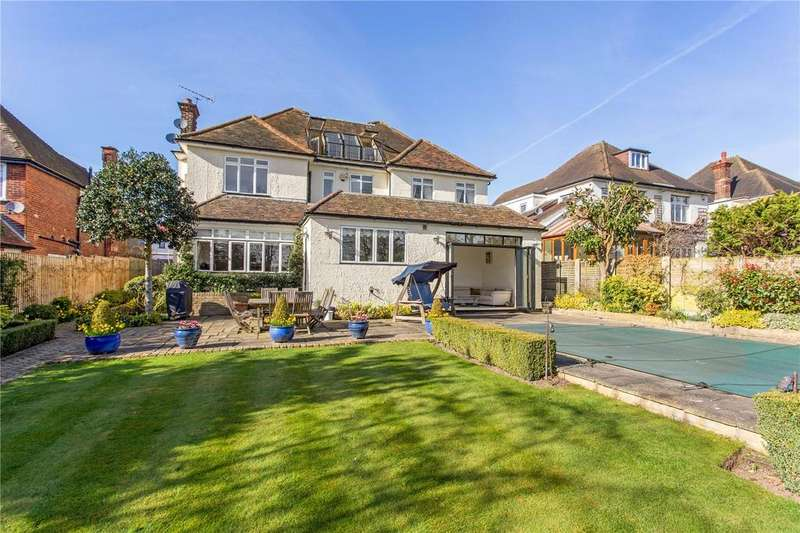 7 Bedrooms Detached House for sale in Spareleaze Hill, Loughton, Essex, IG10