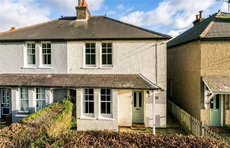 3 Bedrooms Semi Detached House for sale in Pennwood View, Penn Street, Amersham, Buckinghamshire, HP7